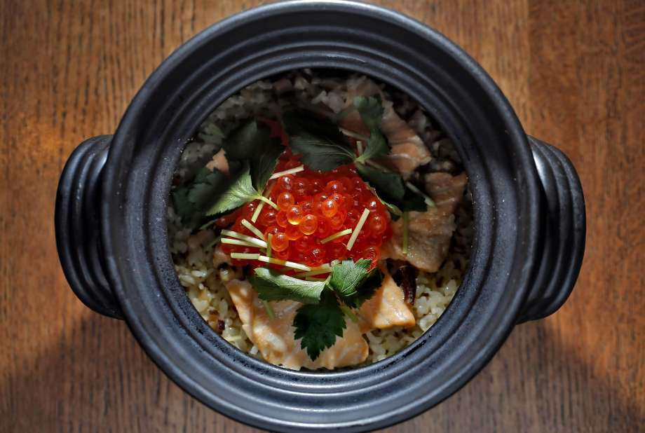 Donabe Recipes - Salmon Ikura Rice