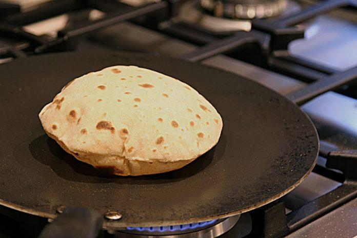 Best Tawa for Making Roti - Hero