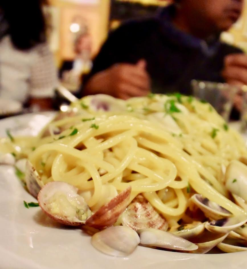 Spaghetti Vongole - Best Things to Eat in Europe